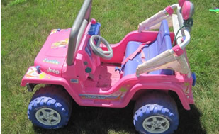 Cops Ticket Illegally Parked Barbie Jeep