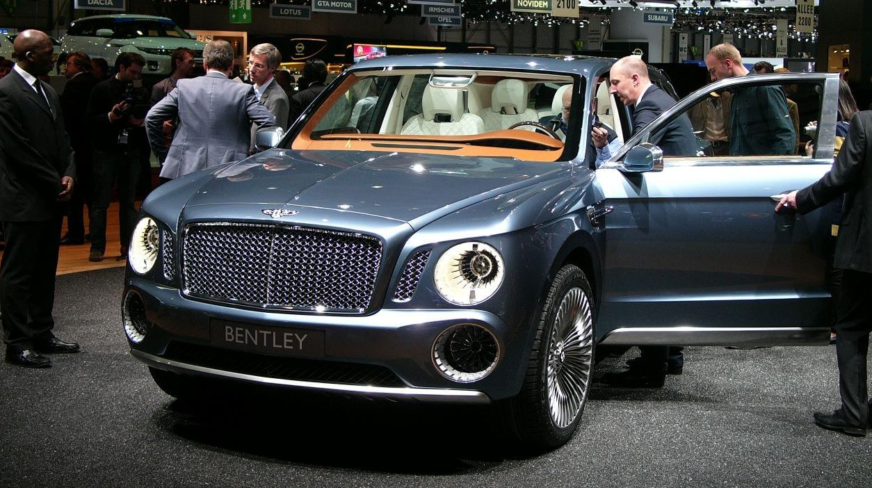 Bentley Steps Up 2016 SUV Production Efforts