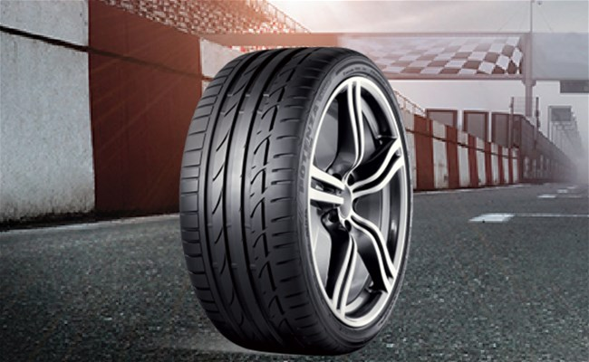 Bridgestone Potenza S001: Ultra High-Performance Sports Car Tires