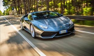 The 2015 Lamborghini Huracán is fast everywhere