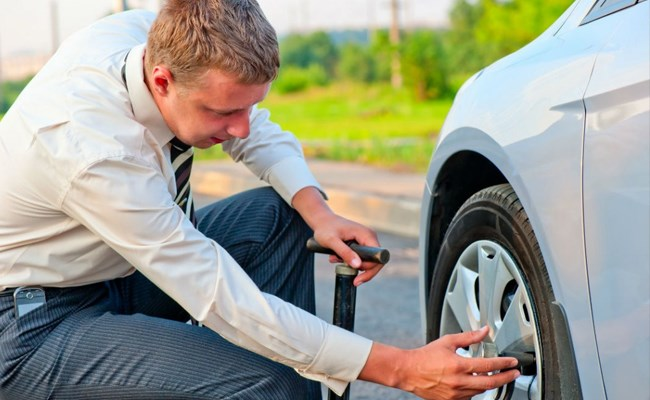 When should you replace your tires in Lebanon?